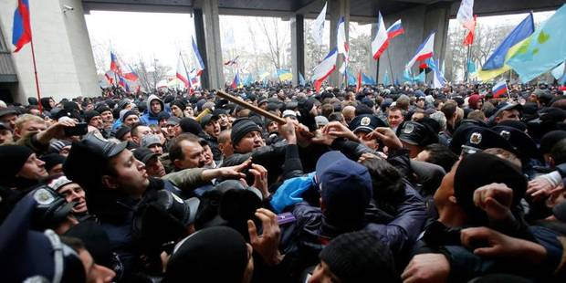 Ukraine: les pro-Russes se rebellent en Crimée - La Libre