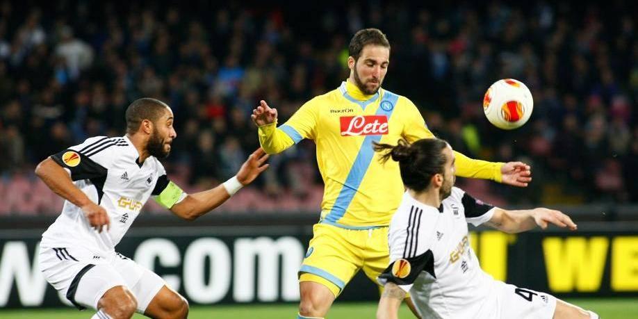 Europa League: Naples et Porto en 8e dans la douleur, la Lazio sortie
