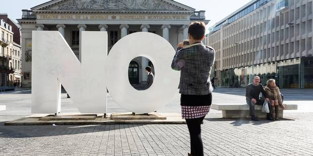 "Un grand ""NO"" dans le centre de Bruxelles - La Libre"
