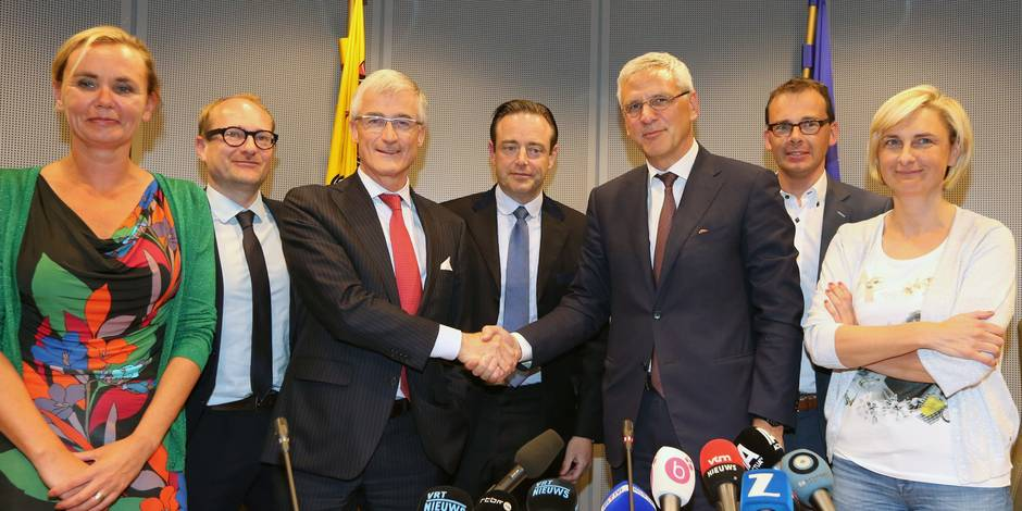 N-VA et CD&V trouvent un accord en Flandre, l'Open VLD se rebiffe