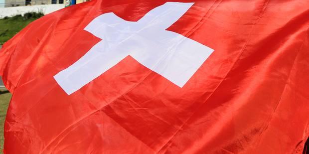 Des milliers de données bancaires suisses saisies dans le port de Hambourg - La Libre