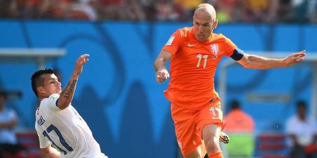 Les Pays-Bas donnent une leçon de réalisme au Chili (2-0) - La Libre