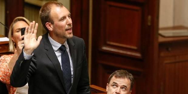 Survol de Bruxelles: Wathelet a-t-il menti devant le Parlement? - La Libre