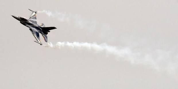 De petites fissures découvertes sur les F-16 biplaces aux USA, en Belgique et aux Pays-Bas - La Libre