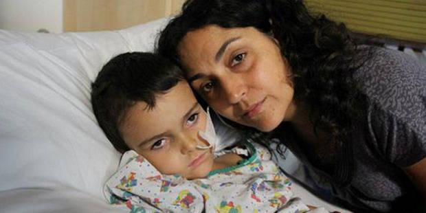 Un enfant malade enlevé par ses parents en Grande-Bretagne et en danger de mort en France