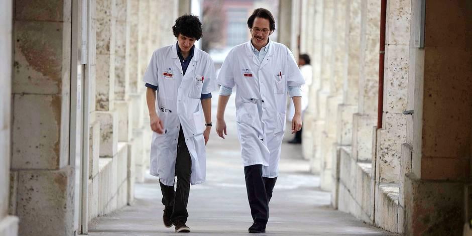 """""""Hippocrate"""": Les coulisses de l'hôpital public"""