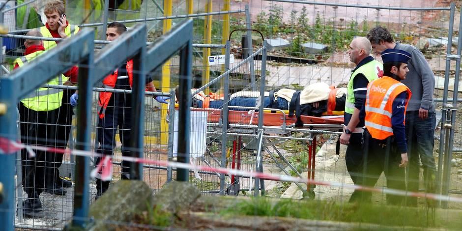 Quelques blessés légers dans une collisions entre 2 trains à Linkebeek. Un accident s'est produit sur la ligne ferroviaire Bruxelles-Nivelles lorsqu'un train de travaux (Monceau-Schaerbeek) a percuté à basse vitesse l'arrière un train de voyageurs qui circulait entre Braine-L'alleud à Alost. Selon les premières informations, il y aurait quelques blessés légers à bord du train de voyageurs. Le conducteur du train de travaux a été légèrement blessé