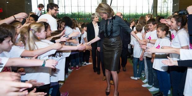La reine Mathilde et 400 élèves fêtent les 25 ans de la Convention - La Libre