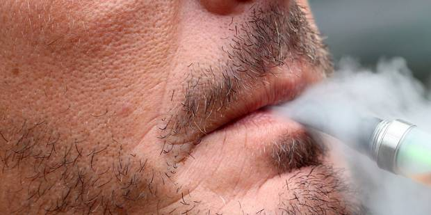 La cigarette électronique Clopinette arrive en Belgique - La Libre