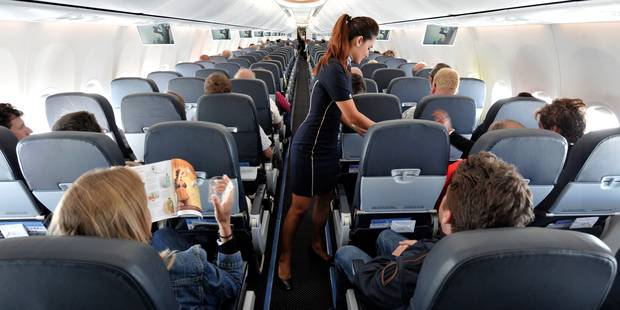 Plus de 250 voyageurs belges forcés de fêter Noël dans l'avion - La Libre