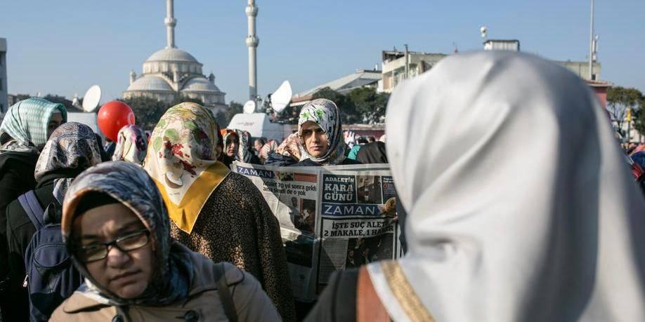 """Turquie: le ministre de la Santé qualifie la maternité de """"carrière"""""""