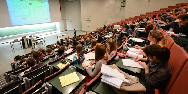 L'UCL annulerait les examens en cas de black-out - La Libre