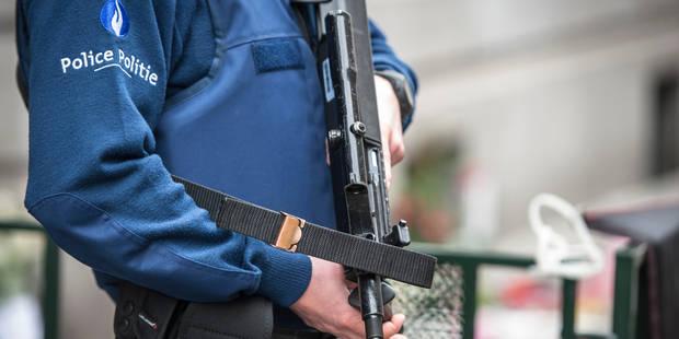 Bruxelles: un policier menace son collègue avec son arme après une discussion sur la religion - La Libre