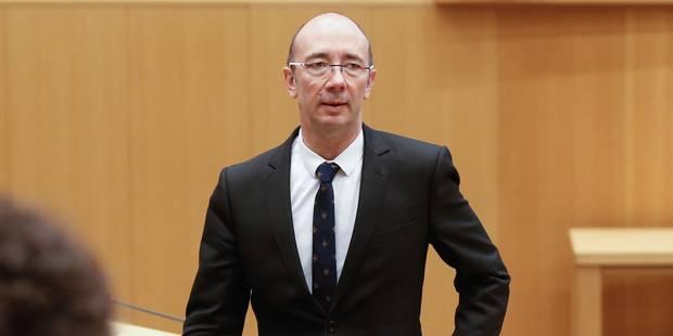 Budget FWB : le gouvernement adopte un calendrier pour l'ajustement 2015 qui s'annonce délicat - La Libre