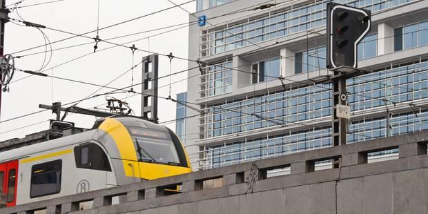 Un individu sur les voies entre Bruxelles Nord et la gare de Schaerbeek: trafic perturbé - La Libre
