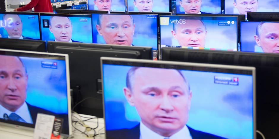 """Poutine s'efforce de rassurer les Russes: le pire de la crise est """"passé"""""""