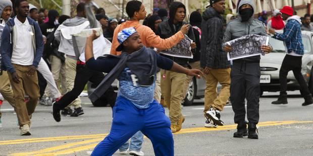 Baltimore: nouveaux affrontements après les funérailles d'un jeune Noir - La Libre