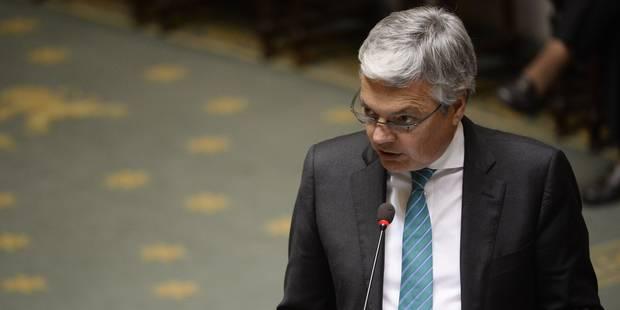 Le chef de cabinet de Didier Reynders toujours pas à la SNCB - La Libre