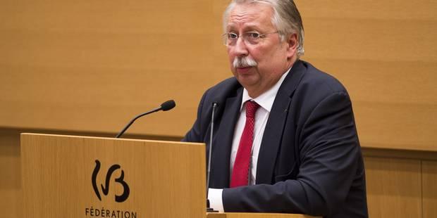 André Flahaut appelle le gouvernement à envisager un cours de deux heures de citoyenneté - La Libre