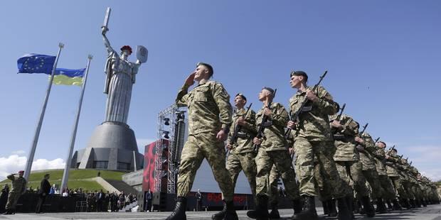 """Kiev va montrer """"au monde entier"""" deux """"soldats des forces spéciales russes"""" capturés - La Libre"""