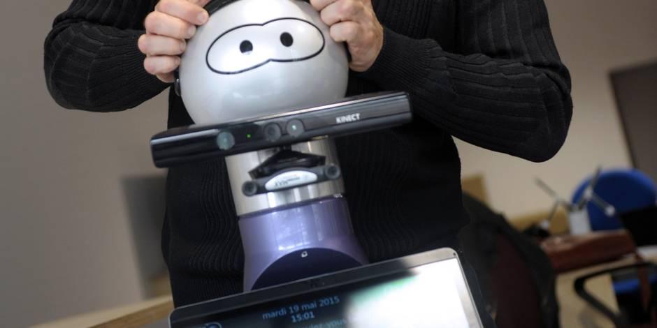 Kompaï, le robot pour personnes dépendantes