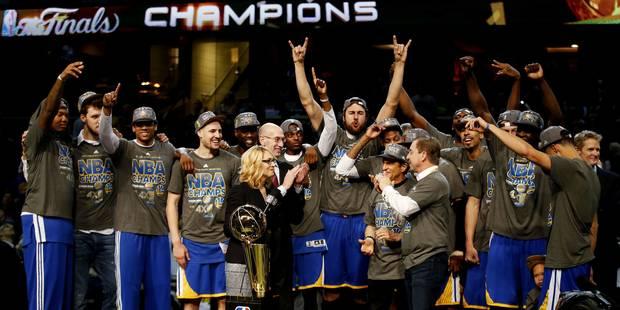 Golden State terrasse Cleveland et s'offre un 4e titre en NBA (VIDEO) - La Libre