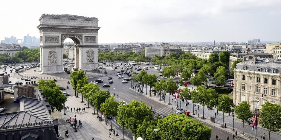 JO 2024: Paris pose sa candidature