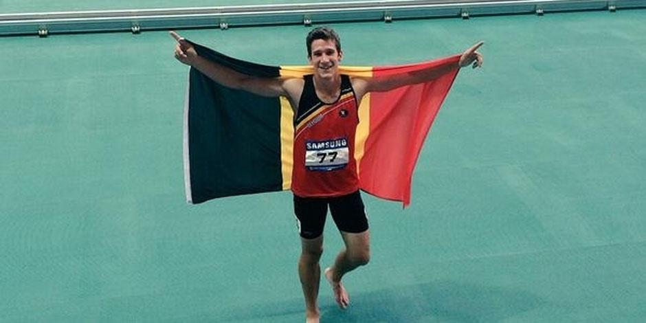 Neuf mois après la découverte de son cancer, Van der Plaetsen en or aux Universiades