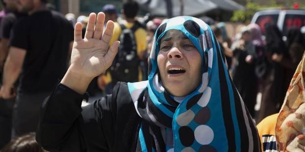 Des milliers de Palestiniens aux funérailles du père du bébé brûlé vif - La Libre
