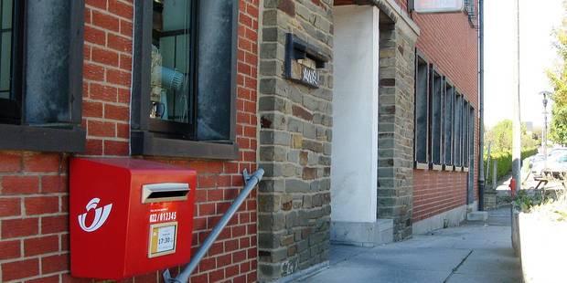 """""""Non à la fermeture de 20 à 25 bureaux de poste"""" en province de Luxembourg - La Libre"""