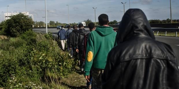 Migrants: des policiers britanniques pour lutter contre les passeurs - La Libre