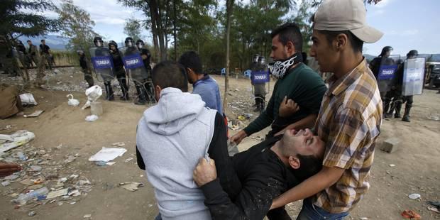 Macédoine: la police lance des grenades assourdissantes sur les migrants - La Libre