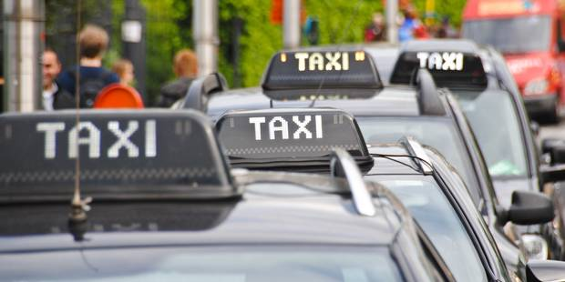 Les taxis lancent un ultimatum contre Uber - La Libre