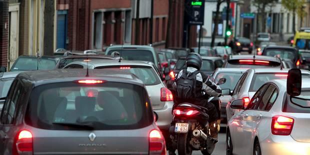 Grève du rail: la 2e heure de pointe la plus embouteillée de 2015 - La Libre