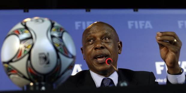 Ancien compagnon de cellule de Nelson Mandela, il postule à la présidence de la FIFA - La Libre