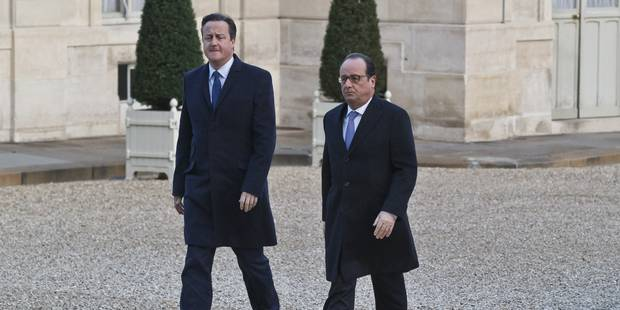 Hollande et Cameron se recueillent au Bataclan - La Libre