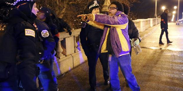 Chicago: haute tension après l'inculpation pour meurtre d'un policier - La Libre