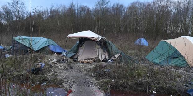 Plusieurs blessés dans une fusillade dans un camp de migrants près de Dunkerque - La Libre