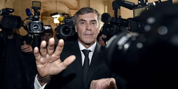 Jérôme Cahuzac repousse violemment des journalistes (vidéos) - La Libre