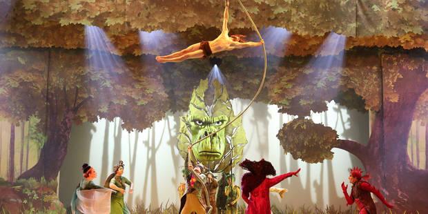 A Disneyland, Tarzan est le roi d'une forêt enchantée - La Libre