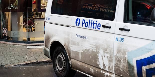 Affaire police d'Anvers: les agents comparaîtront mardi en chambre du conseil - La Libre