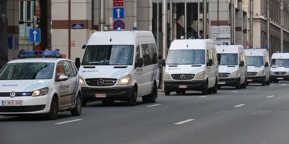 Attentats à Bruxelles: Les élèves ne peuvent sortir des écoles sans leurs parents