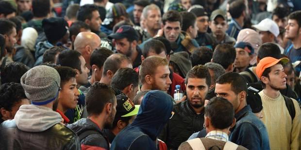 """Crise des migrants: le gouvernement hongrois agite la peur de """"900 zones de non droit"""" en Europe - La Libre"""