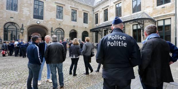Bruxelles-Ville veut également pouvoir recruter ses propres agents de police - La Libre