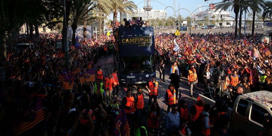 """Espagne: les """"Indignés"""" marchent dans les rues de Madrid pour leur cinquième anniversaire"""