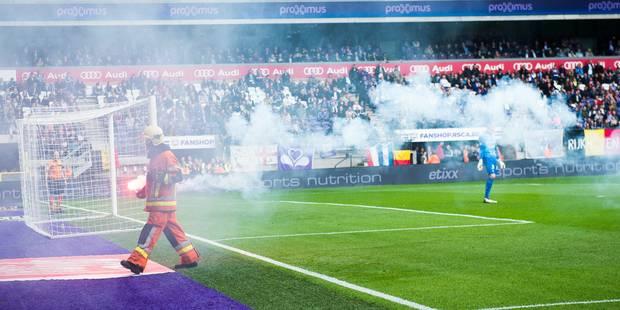 Des supporters d'Anderlecht provoquent l'arrêt de la rencontre... après deux minutes de jeu - La Libre