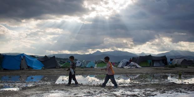 Crise des migrants: quelque 2.000 migrants secourus lundi en Méditerranée - La Libre