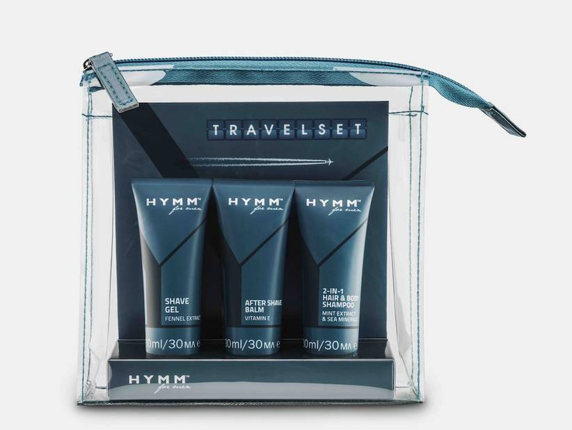 Travelset Hymm for Men de la marque de cosmétiques phare aux Etats-Unis : Amway. Des produits enrichis d'ingrédients végétaux et de formules testées dermatologiquement pour faciliter les soins quotidiens des hommes. 17€