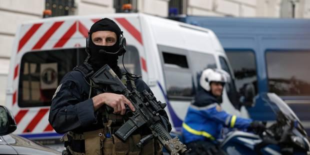 Mohammed Amri et Ali Oulkadi, soutiens de Salah Abdeslam, ont été remis à la France - La Libre