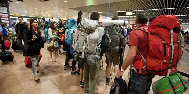 Attentats à Bruxelles: le hall des arrivées à nouveau accessible aux visiteurs de Brussels Airport - La Libre